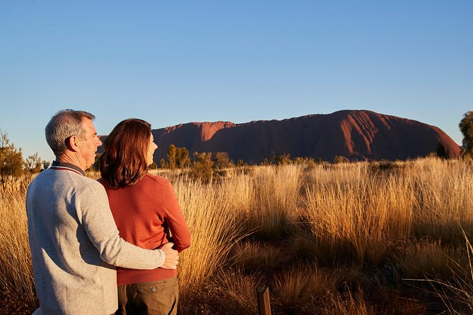 Uluru Sunrise and Kata Tjuta Half Day Trip