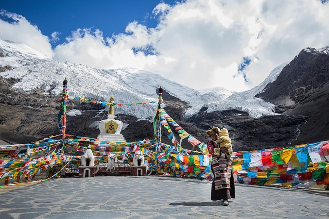 Tibet: Culture adventure and expedition to Everest Base Camp