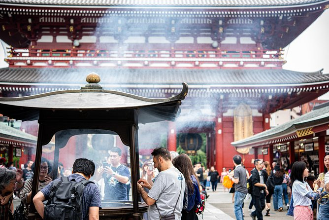 Food Crawl Tour in Asakusa