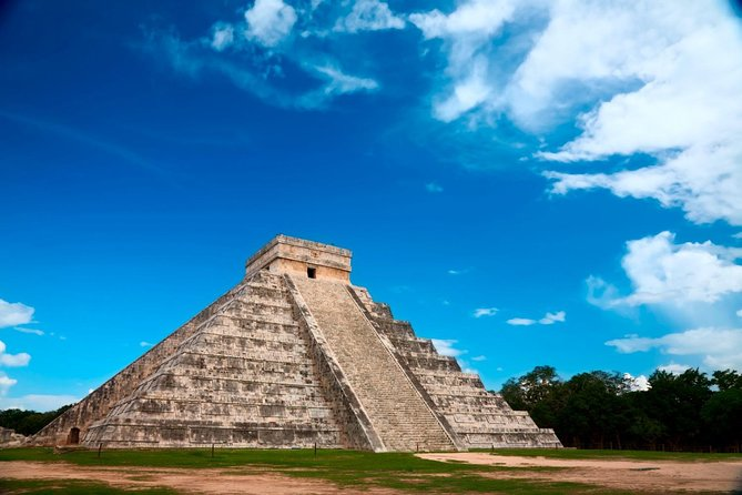 Tour Chichen Itza Clásico From Riviera Maya, Cancun and Playa del Carmen photo 1