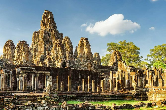 Bayon Golden hour - Half-Day Bicycle Tour