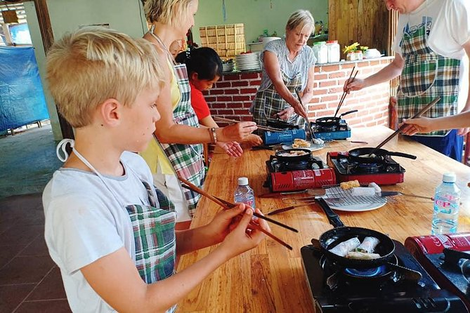 Hoi An Eco Cooking Tour ( Market, Boat Ride, Basket Boat, Cooking Lesson, Lunch)