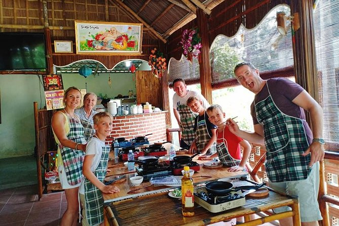 Hoi An ECo Cooking Class Tour with Bamboo Basket Rowing & Boat trip ( Private )
