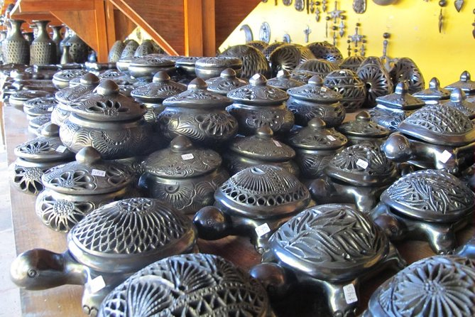 Private Day Tour visiting Artisan Villages of Alebrijes, Black Pottery and more photo 13