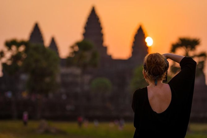 Full-Day Angkor Magnificent Sunrise