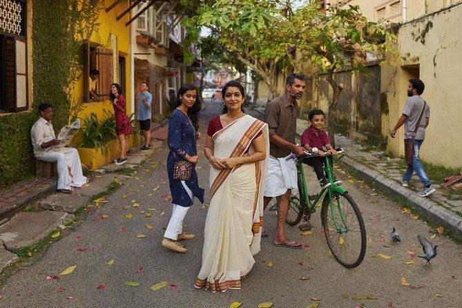 8 Days Kerala Private Tour (3 Star) with Munnar, Houseboat & Cab- Iris Holidays