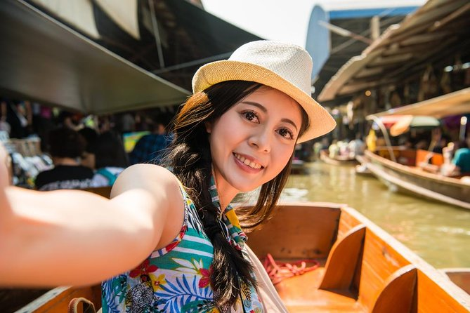 Markets Tour: Weekend Amphawa Floating Market & Train Market Tour
