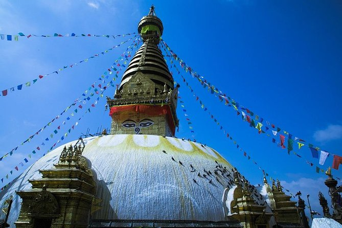 Cultural, wildlife and adventurous Nepal: Kathmandu, Pokhara and Chitwan Tour