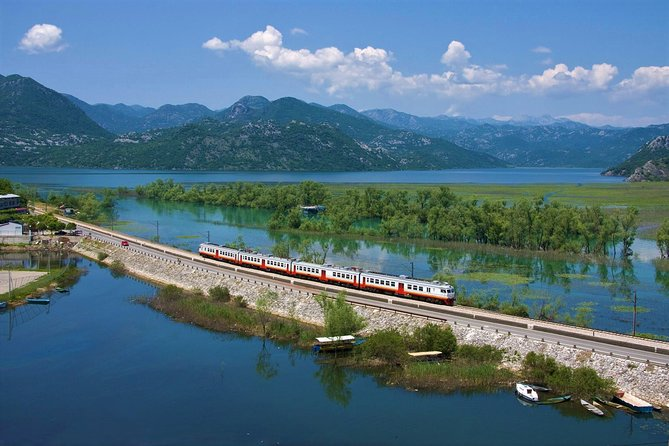 Tour by train