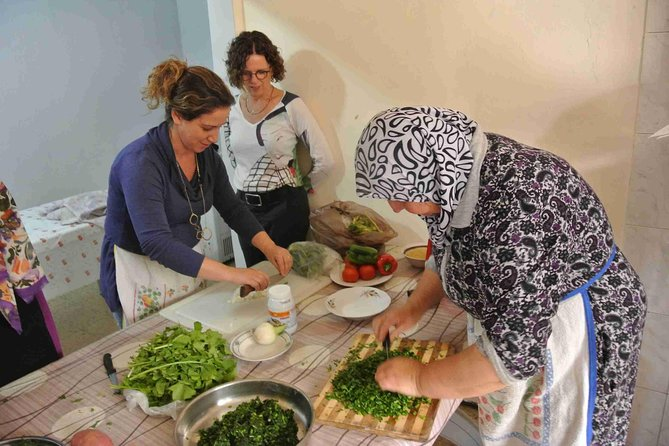 Arab Cooking Workshop and Market Tour from Arraba
