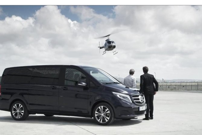 Prague Airport Departure Transfer with WiFi and Refreshments