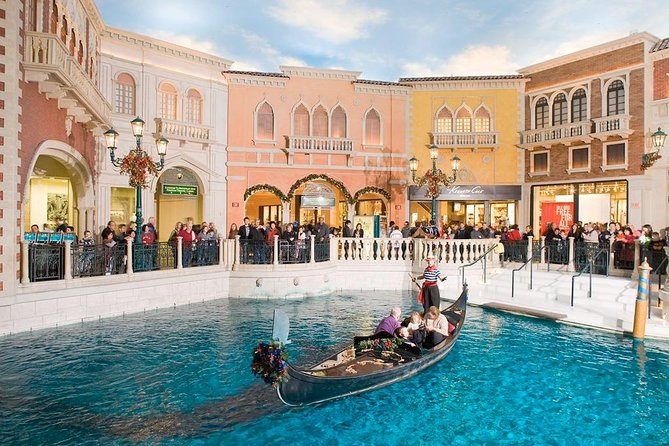 Las Vegas Shop and Dine Tour at Grand Canal Shoppes 2021