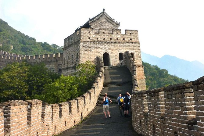 Private Muslim Day Tour to Jinshanling Great Wall with Halal Dinner