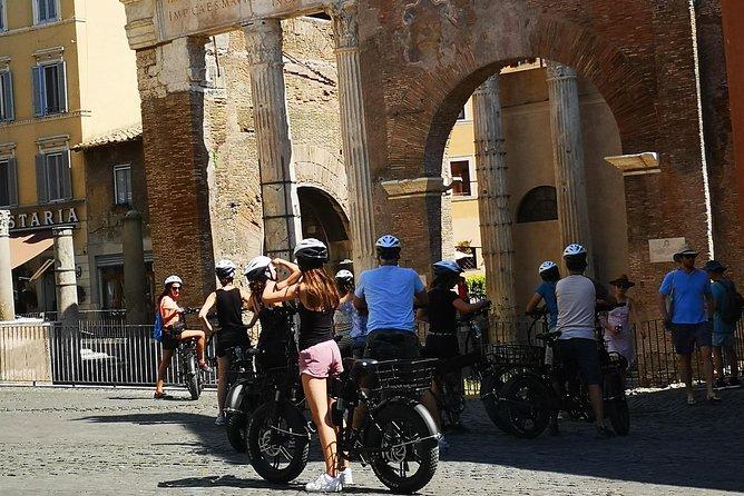 Morning E-bike Tour of Rome (8:00 - 11:00)