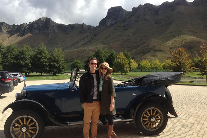 3-hour Private Scenic and Taster Tour by Vintage Car