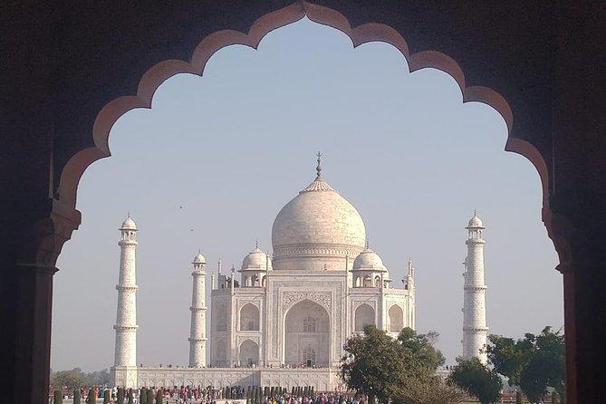 Women Special: Same Day Agra Taj Mahal Tour with Female Companion