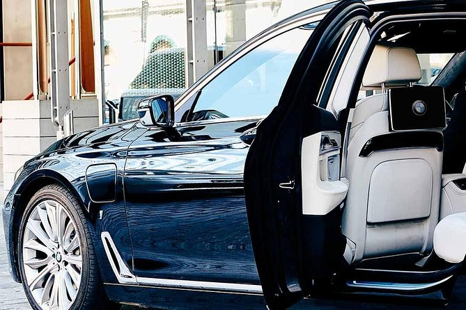 Airport transfer Marrakech: Transfer to your hotel in Marrakech