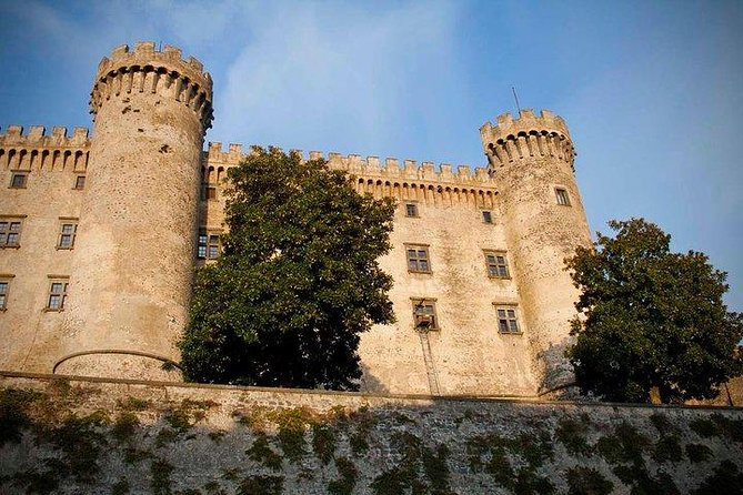 Castles and Lakes with Driver - Private Tour from your Accommodation in Rome