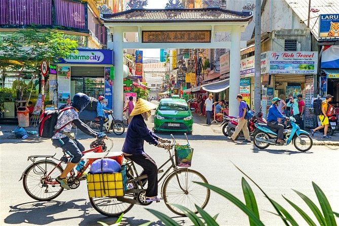 Cyclo Ho Chi Minh City View 3 Hours
