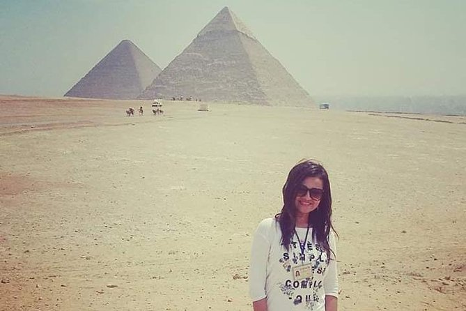 Visiting The Guiza Great Pyramids and The Magnificent Egyptian museum.