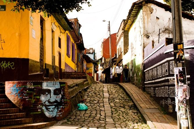 Fully Private Walking Tour Bogota. You and your guide! photo 4