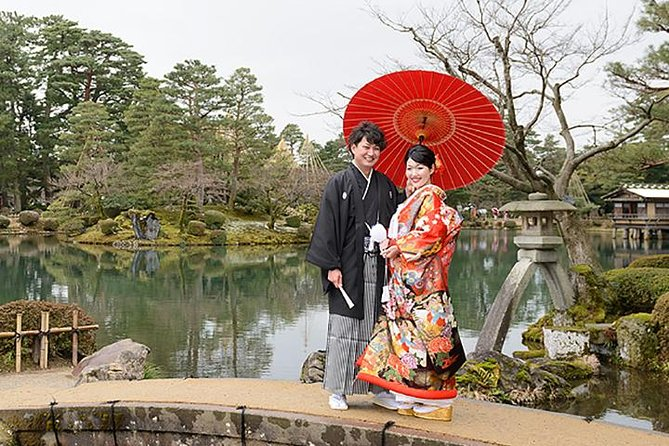 Location photography at Kanazawa's wedding, Kenrokuen, etc.