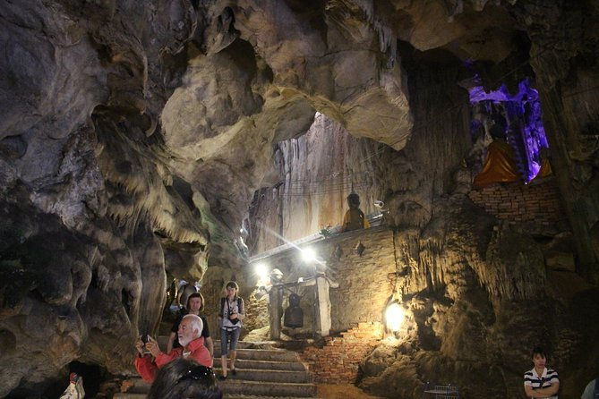 "Private ""What a Gorgeous Nature tour!"" Hill tribe village + Chiang Dao cave"