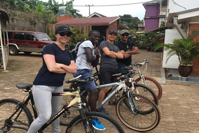 5 hour Guided Bike Tour in Entebbe