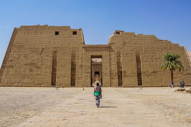 Full Day in Luxor West bank-Valley of Kings,Hatshpsute Temple and Colossi Memnon