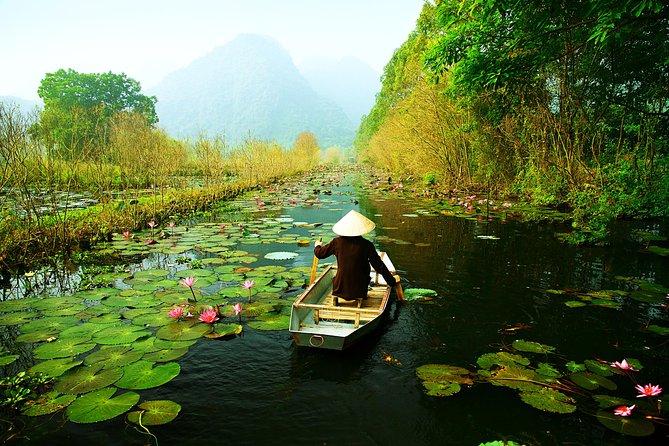 """Hanoi Perfume """"Huong"""" Pagoda Boat Tour – Full Day"""