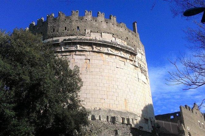 Mausoleum of Cecilia Metella and Villa Massenzio: The many faces of the Appia Antica