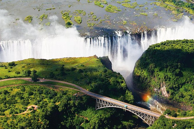 Victoria Falls Airport Transfer to Victoria Falls Town or Hotel