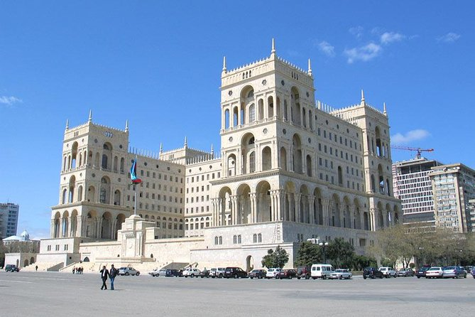 Old and Modern Baku City Tour