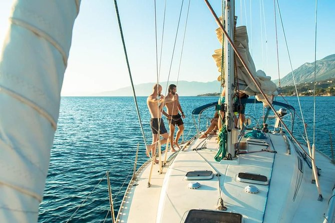 Set sails in the Messinian Bay