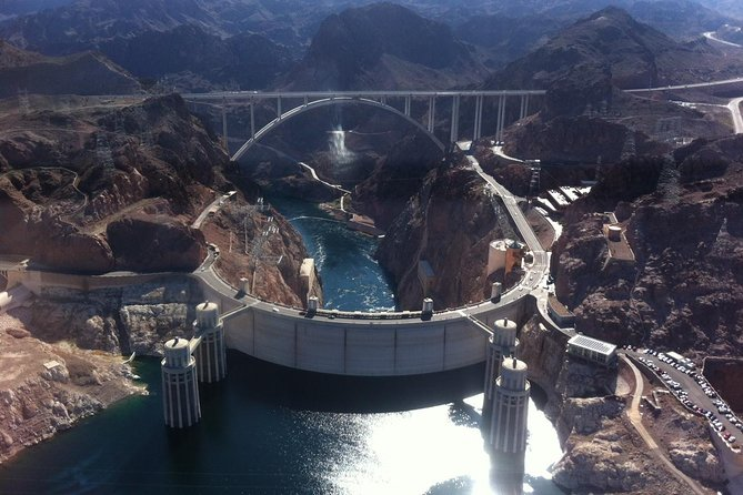 Hoover Dam Bus Trip from Las Vegas with Optional Helicopter