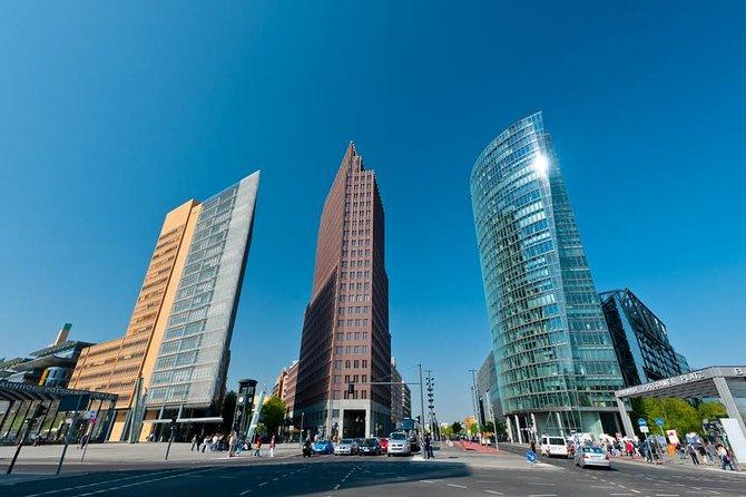 Recorrido privado: Recorrido de lujo por los lugares más destacados y distritos de Berlín