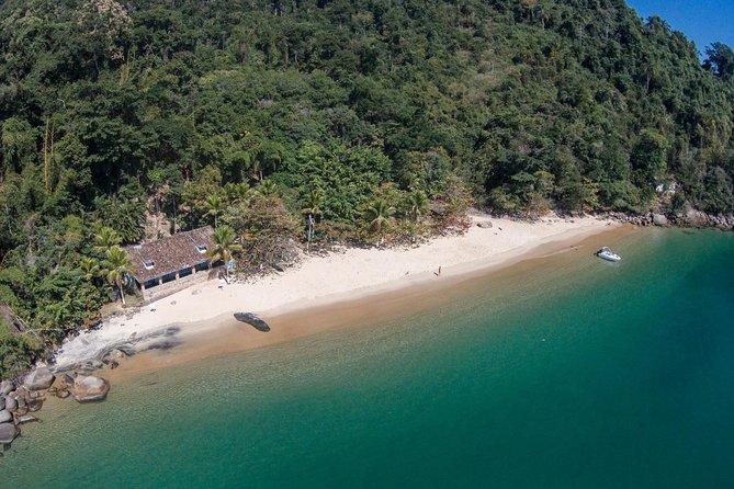 Tour privato alla baia di Paraty Costa Verde in barca con guida