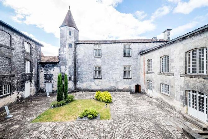 Discovery Visit of Château Royal de Cognac with Tasting in Cog