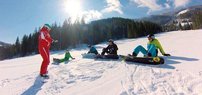 Eendaagse tussen- of geavanceerde ski- of snowboardvakantie