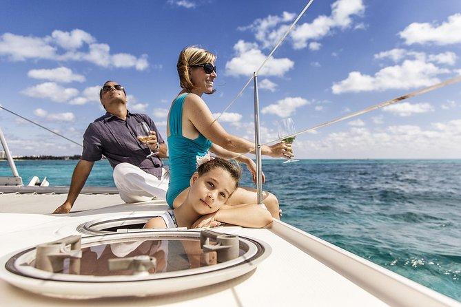 Visite privée : excursion en catamaran et plongée avec tuba à l'Isla Mujeres