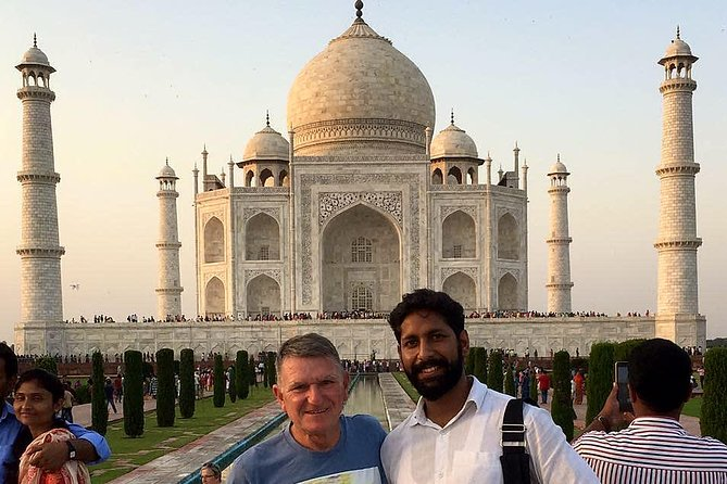 Day tour agra for travellers