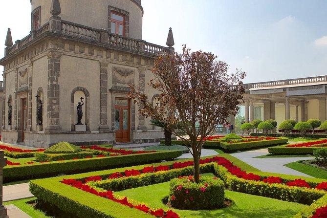 Castillo de Chapultepec Experience Private Walking Tour