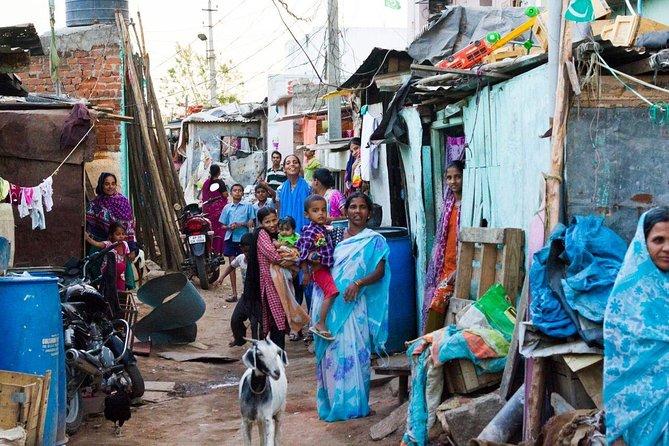 Bangalore Solar Slum Tour inklusive lunch och chai med en lokal familj