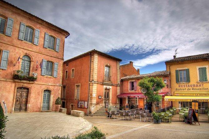 Viagem de meio dia guiada para grupos pequenos Luberon saindo de Avignon
