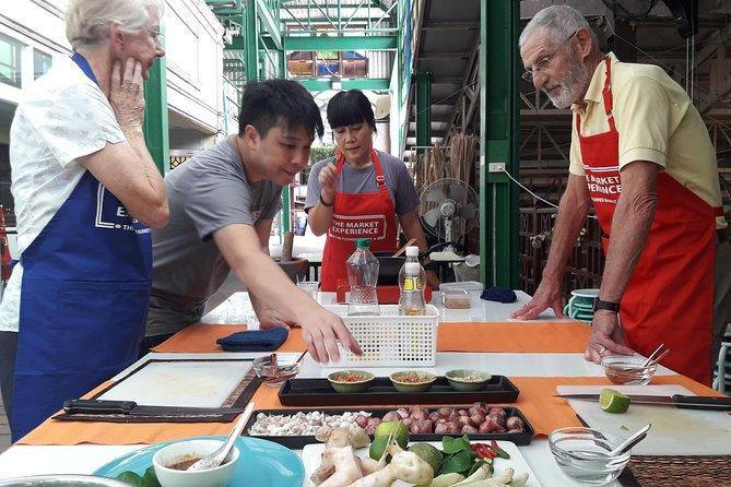 Thai Cooking Class og Market Visit i Bangkok