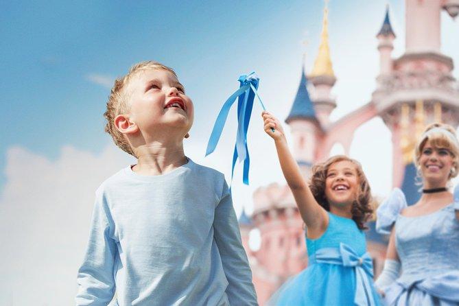 Disneyland Paris inngangsbillett med transport fra Paris