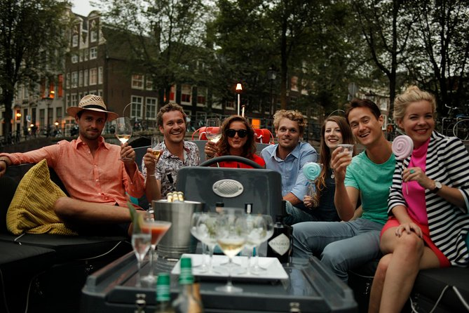 Amsterdam Small-Group Canal Cruise with Drinks