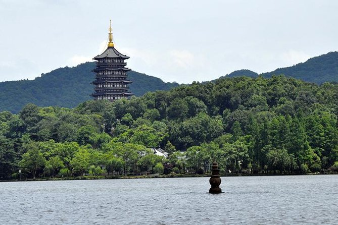 Private West Lake (Xi Hu) and Lingyin Temple from Hangzhou