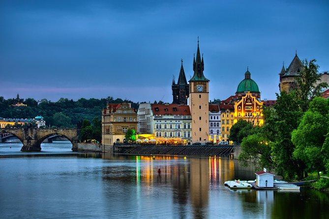 Evening View Walk in Prague
