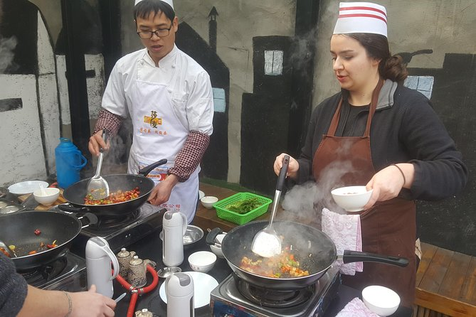 Giant Panda & Sichuan Cuisine Cooking Class Private Tour (No shopping steps) photo 11